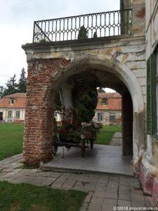 Haupteingang der Sommerresidenz von der Seite