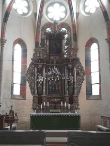 Altar in der Zisterzienser Abtei Kerz (Cârța)