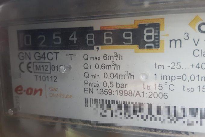 Gaszähler mit Barcode und Zählernummer