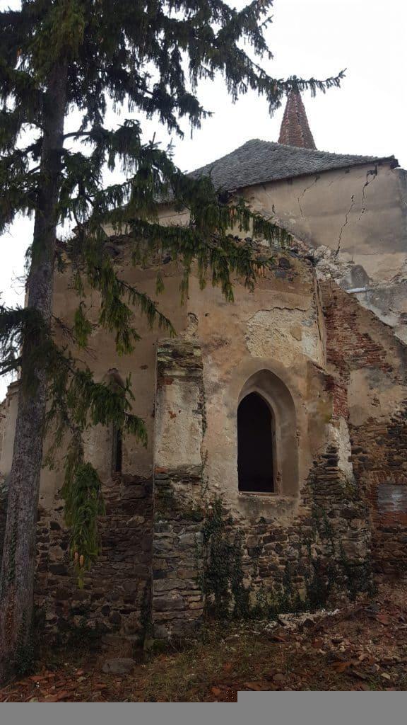 Biserica luterană fortificată (Dobărca)