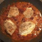 Gefüllte Schnitzel mit Tomaten und Kidney-Bohnen