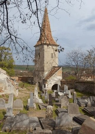 Turm der Kirchenburg Thalheim (Daia)