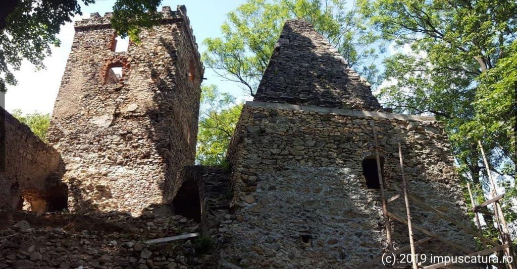 Wehrturm und Burgküche