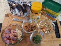 Die Zutaten für die Kartoffelsuppe